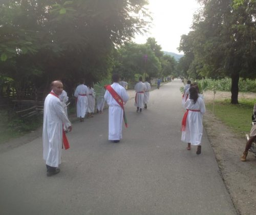 Dili – Domenica delle Palme a Timor Leste parrocchia di Metinaro villaggio della diocesi di Dili (copy) (copy)